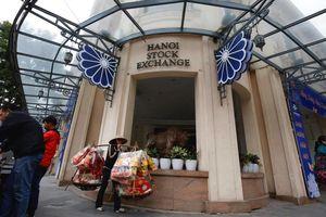 Vì sao thị trường chứng khoán Việt Nam vẫn chưa được FTSE nâng hạng?