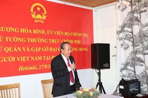 Phó Thủ tướng Thường trực thăm Đại sứ quán, gặp gỡ cộng đồng người Việt tại Phần Lan