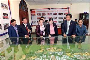 Chủ tịch Quốc hội Nguyễn Thị Kim Ngân thăm làm việc tại tỉnh Viêng Chăn