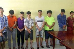 Biên Hòa: Cầm mã tấu truy đuổi dân phòng, 8 thanh niên bị bắt