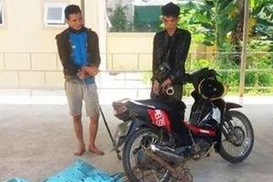 Cẩu tặc vung kiếm dọa Cảnh sát