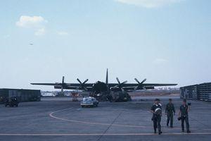Loạt ảnh cực độc về sân bay Tân Sơn Nhất năm 1968