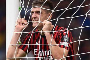 Kết quả bóng đá: AC Milan chỉ hơn nhóm 'cầm đèn đỏ' đúng 1 điểm