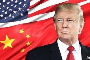 Cách chúc mừng Quốc khánh Trung Quốc có '1-0-2' của ông Trump