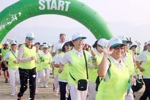 Chạy Marathon 'Vì sự bình yên của trẻ thơ'