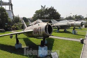 Vì sao MiG-17 Việt Nam là 'ác mộng' của Không quân Mỹ một thời?