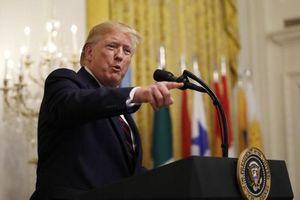 Ông Trump liên tiếp đả kích cuộc điều tra luận tội tổng thống
