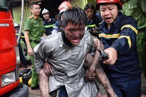 Trưởng nhóm Big Toe cảm ơn chiến sĩ PCCC cứu con trai khỏi đám cháy