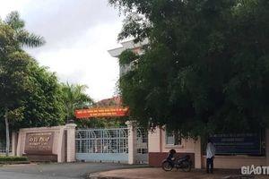 Sở Tư pháp Hậu Giang bị 'tuýt còi' vì để PGĐ kiêm Trưởng phòng công chứng