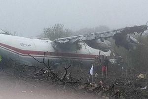 Máy bay hạ cánh khẩn bất thành, chỉ 3 người sống sót