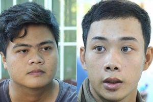Hai đối tượng dùng dao kề vào cổ tài xế taxi cướp tài sản đã ra đầu thú