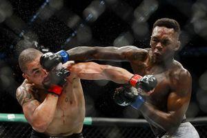 Võ sĩ Nigeria phản đòn 'tuyệt đỉnh' hạ knock-out nhà vô địch UFC