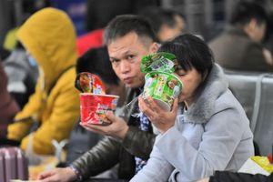 Triển vọng kinh tế Trung Quốc nhìn từ doanh số bán mì ăn liền