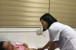 Lần đầu tiên Việt Nam mổ trong túi ối cứu thai nhi bị Hội chứng truyền máu song thai