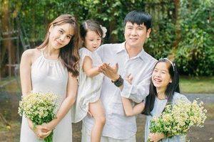 Hồ Hoài Anh - Lưu Hương Giang ly hôn dù mới khoe bộ ảnh gia đình hạnh phúc?