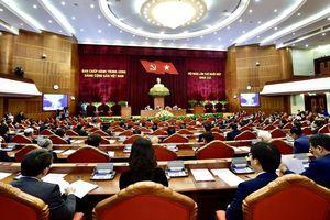 Trung ương thảo luận tại tổ hai văn kiện quan trọng trình Đại hội 13