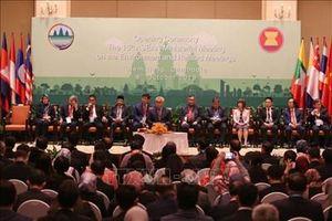 Các nước họp bàn đối phó với biến đổi khí hậu và ô nhiễm môi trường