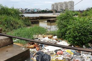 TP.HCM: Chấn chỉnh việc lấn chiếm hệ thống thoát nước, xả rác bừa bãi tại 5 kênh rạch