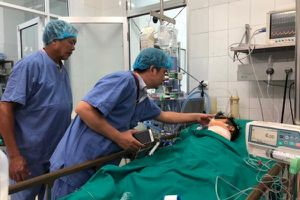 Vợ người hiến tạng: 'Nhà em không còn sống, nhưng cơ thể anh ấy vẫn tồn tại...'