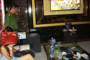 Tiệc ma túy mừng sinh nhật ở karaoke Đảo Nổi