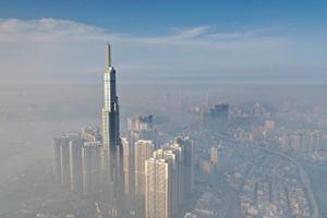 Chỉ số ô nhiễm ở Hà Nội sụt giảm mạnh, TP.HCM trở về mức trung bình