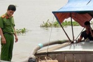 2 tàu không biển kiểm soát hút trộm cát sông Cổ Chiên