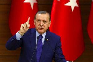 Thổ Nhĩ Kỳ bắt đầu 'khai hỏa' chiến dịch quân sự tại Syria