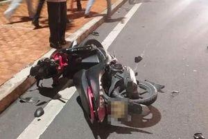 Va chạm xe máy, một thanh niên chết thảm
