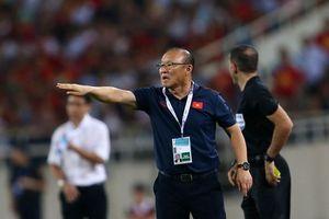 Việt Nam 1-0 Malaysia: Gừng càng già càng cay!