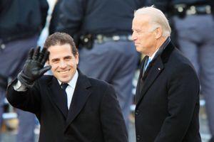 Con trai ông Joe Biden rút khỏi công ty Trung Quốc sau loạt đòn công kích của ông Trump