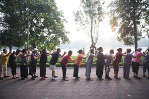 Không khí ngày 15/10 tại Hà Nội và TP.HCM ở mức trung bình