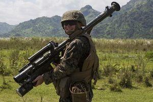 Thủy quân lục chiến Mỹ dùng tên lửa vác vai Stinger tập trận với Nhật