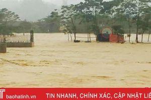Mưa lớn gây ngập cục bộ, mực nước sông Ngàn Phố dâng cao trên mức báo động 1