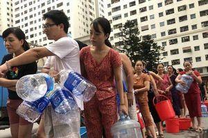 Người dân kêu cứu, yêu cầu đền bù thiệt hại sau vụ nước sạch nhiễm dầu
