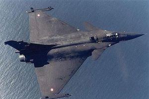 Ấn Độ nhận Rafale 'tam giác', láng giềng lo sốt vó