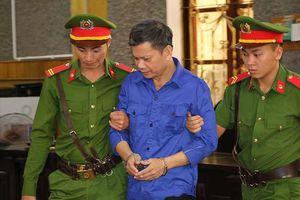 Xét xử vụ gian lận điểm thi ở Sơn La: Cựu Giám đốc Sở GD-ĐT vắng mặt