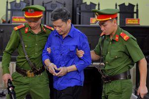 Bị tòa triệu tập, cựu Phó phòng PA03 Công an Sơn La đi khỏi nơi cư trú