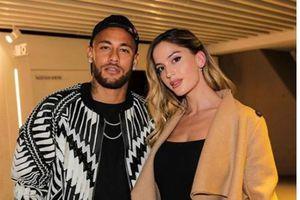 Neymar khoe người yêu mới khi đang dưỡng thương