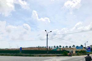 Viết tiếp Những bãi cát khổng lồ trong TP Quảng Ngãi : Dân bức xúc, chính quyền 'làm ngơ': Thành phố yêu cầu di dời, UBND tỉnh cho... gia hạn