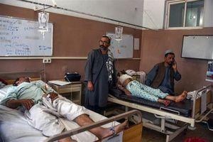 Vụ nổ lớn tại Afghanistan: Tàn khốc hiện trường