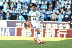 Cầu thủ tát Văn Hậu, đạp Quế Ngọc Hải trở lại: Fans Thái tự tin có 3 điểm trước Việt Nam
