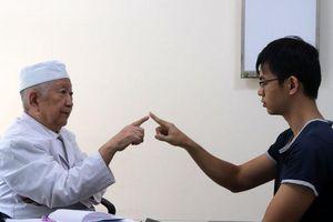 'Giáo sư Thần kinh học' gần 60 năm tâm huyết với nghề