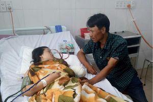 Cô giáo đi 130km đến trường, bị tai nạn mất cánh tay đã được chuyển về gần nhà