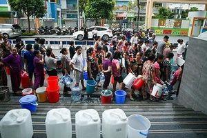 Độc quyền nước sạch - Khách hàng không phải… 'thượng đế'