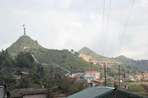 Địa ốc 6AM: Cận cảnh khu sinh thái tâm linh vừa bị 'tuýt còi' tại Cột cờ Lũng Cú