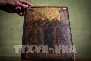 Bức tranh hiếm của danh họa Cimabue đạt mức giá cao kỷ lục
