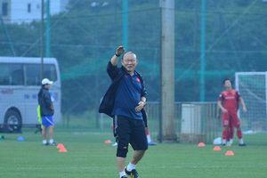 HLV Park Hang-seo chọn HLV giỏi nhất Đông Nam Á, nhắn nhủ tới những cầu thủ mới làm bố trong đội tuyển