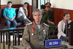 Người đàn ông ở Bình Định giương súng bắn người vì tưởng khỉ