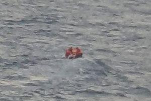 Giải cứu 14 người nhập cư trái phép vào Anh bằng đường biển
