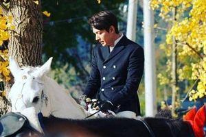 Lee Min Ho được ví như hoàng tử nhờ loạt ảnh hậu trường quay phim